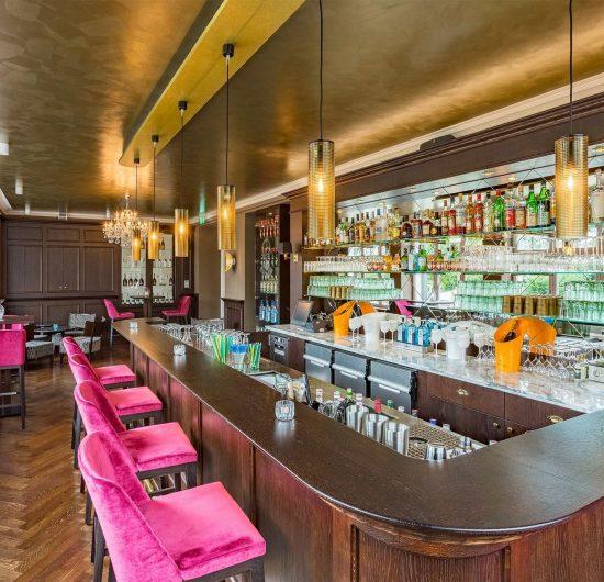 "Kurhaushotel Bad Salzhausen Bar ""Just us"""