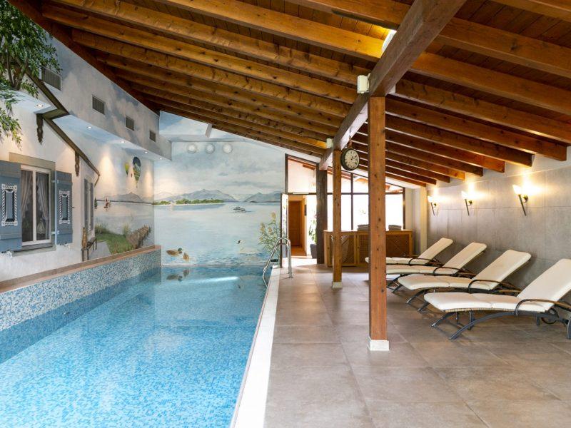 Castlewood Hotels Schwimmbad Landgasthof Karner